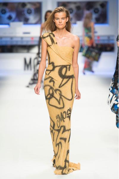 Показ Moschino на Неделе моды в Милане | галерея [5] фото [4]
