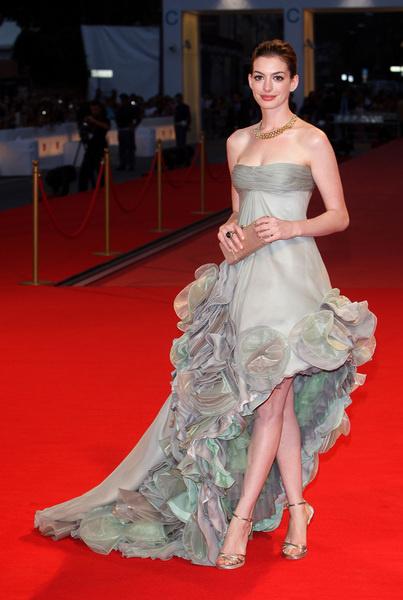 Энн Хэтэуэй на премьере фильма «Рэйчел выходит замуж»