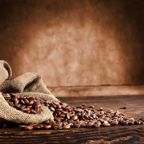 Использовать масло какао