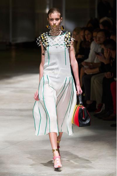 50 лучших платьев Недели моды в Милане | галерея [1] фото [4]