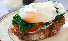 Яйцо-пашот со шпинатом
