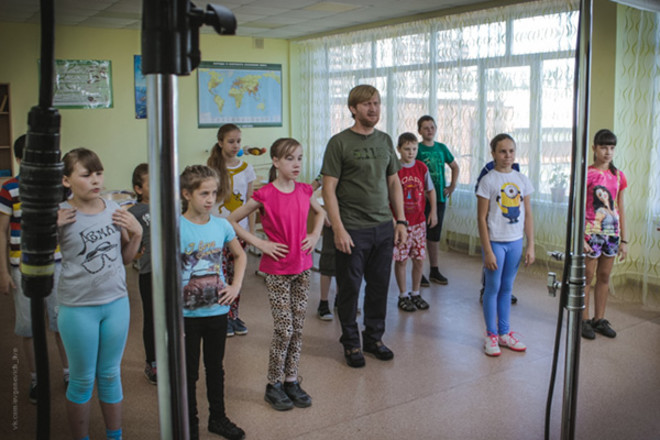 Андрей Рожков, зарядка для школьников