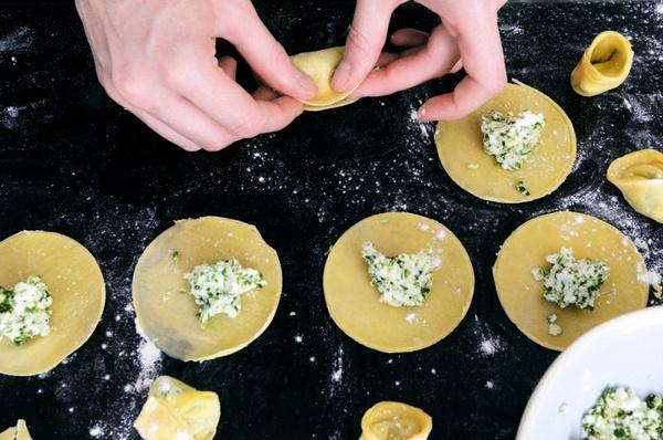 Тесто для пельменей: рецепт приготовления.