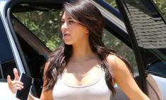 Модный казус: Ким Кардашьян испортила свой наряд