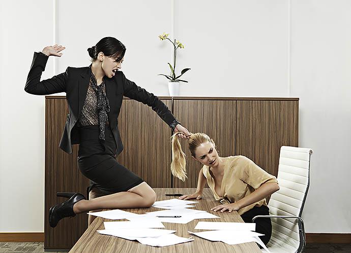 10 вещей в офисе, которые всех раздражают