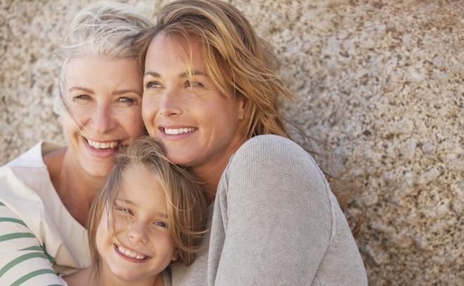 Ученые доказали: после 25 лет человек начинает резко стареть