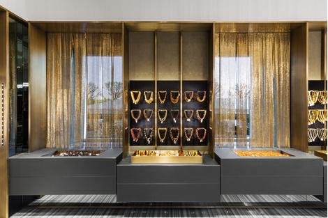Открылся первый флагманский бутик Amber & Art в Санкт-Петербурге   галерея [1] фото [17]