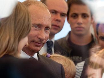Премьер-министр Владимир Путин выступил на съезде независимых профсоюзов России