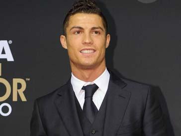 Криштиану Роналду (Cristiano Ronaldo) стал отцом в прошлом году