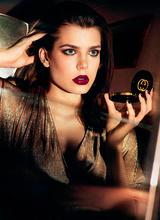 В сети повились первые кадры рекламной кампании Gucci Cosmetics