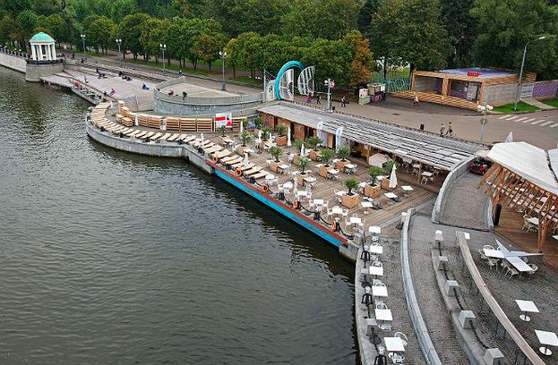 Пляж в парке Горького