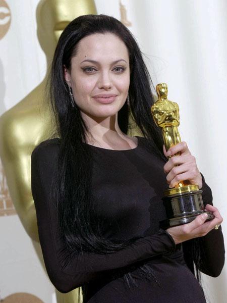 Анджелина Джоли, церемония Оскар, 2000 год