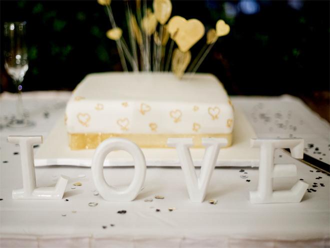 Трогательные свадебные торты