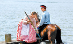 Звезда «Тихого Дона» открыл театр с артистами-лошадьми