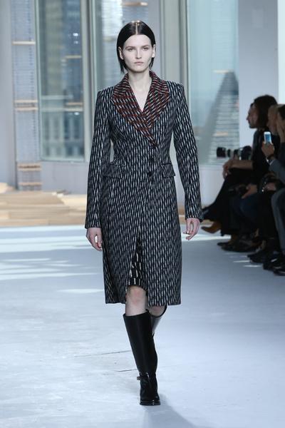 Неделя моды в Нью-Йорке: 18 февраля   галерея [1] фото [5]