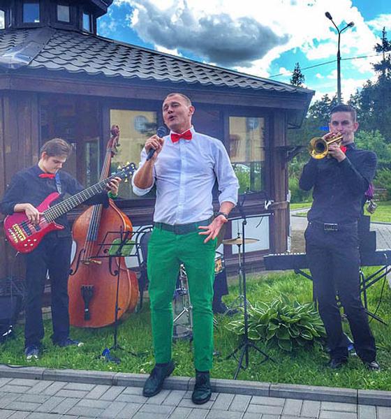 Степан Меньщиков, шоумен, ведущий, экс-участник «Дома-2», фото