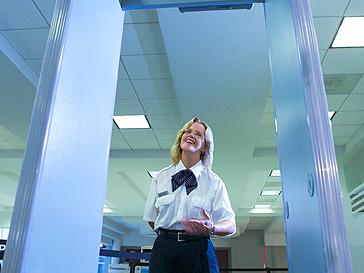 Сканирование в аэропортах вредит здоровью