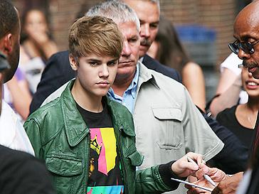 Жизнь Джастина Бибера (Justin Bieber) временно превратилась в сплошной скандал.