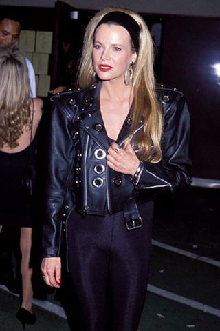 Ким Бесинджер, 1990 год