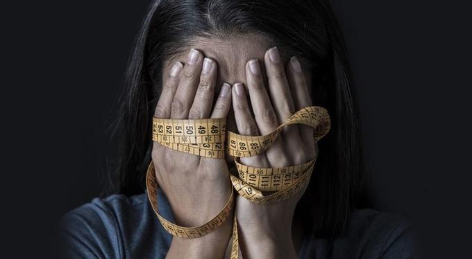 Жертвы насилия: почему они не могут похудеть
