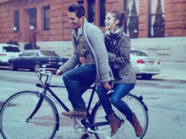 В проекте Скотта Шумана и Гаранс Доре приняли участие реальные влюбленные пары