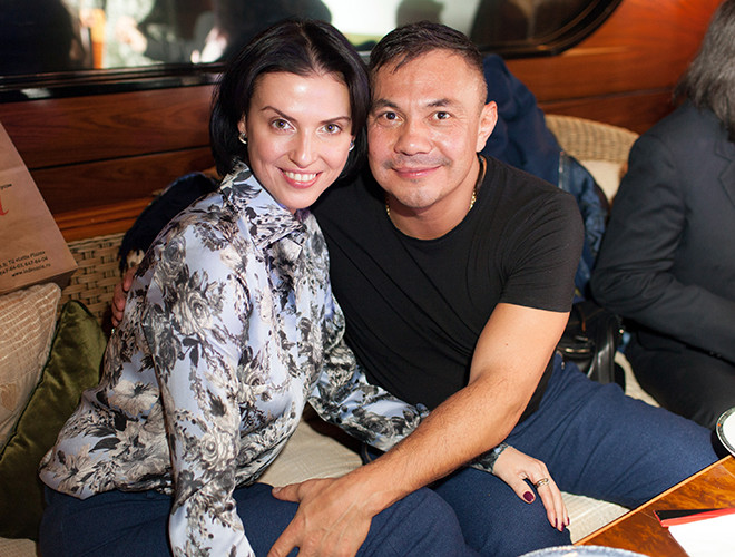 Костя Цзю с семьей фото