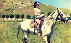 Зачем Сати Казанова вернулась на Кавказ?