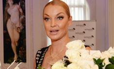 Анастасия Волочкова вышла в свет в «голом» платье