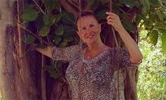 Анна Семенович на отдыхе обходится без макияжа