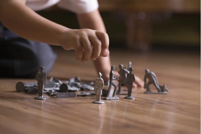 Играет играет со своими цицьками фото 758-677