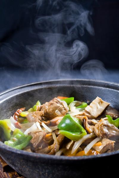 Вы простите себе внезапное отпускное обжорство, так как будете есть только лишь блюда национальной кухни.