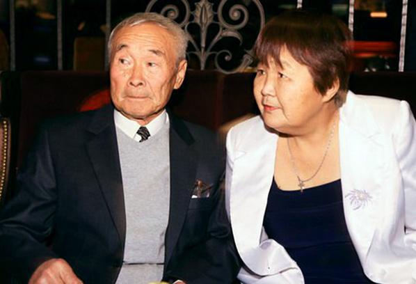 Роберт Цой, жена Марина Хан