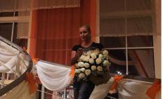 В Магнитогорске Анастасия Волочкова опробовала «Ладу Калину», а в Белорецке – башкирский мед