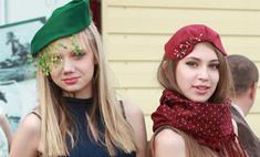 Шляпки и платья: 50 модных образов со скачек «Монте-Карло»