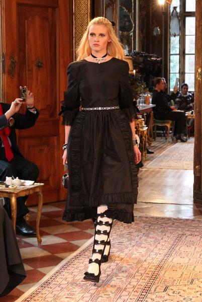Показ Chanel Métiers d'Art 2014 в Зальцбурге