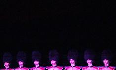 Кабаре Crazy Horse: самые горячие кадры шоу