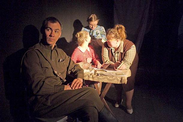 Спектакль о войне «Все что было» в Ростовском независимом драматическом театре