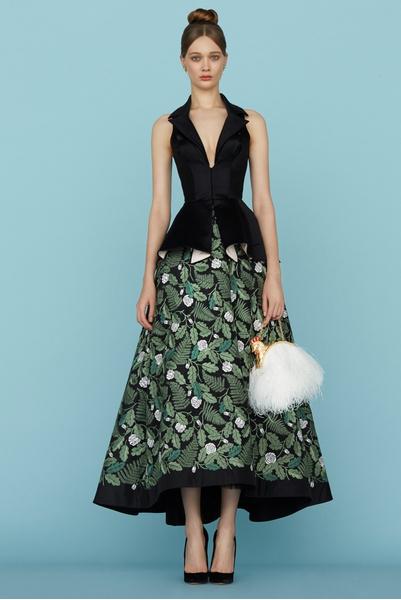 Ульяна Сергеенко представила новую коллекцию на Неделе высокой моды в Париже | галерея [1] фото [11]