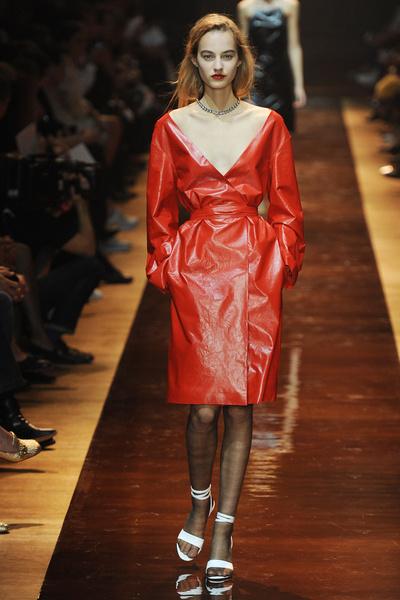 Неделя моды в Париже: день пятый   галерея [6] фото [3]