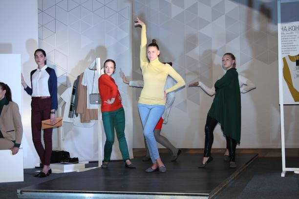 Омск, мода, модные тренды, цветные контрасты, «Модные недели в МЕГЕ»