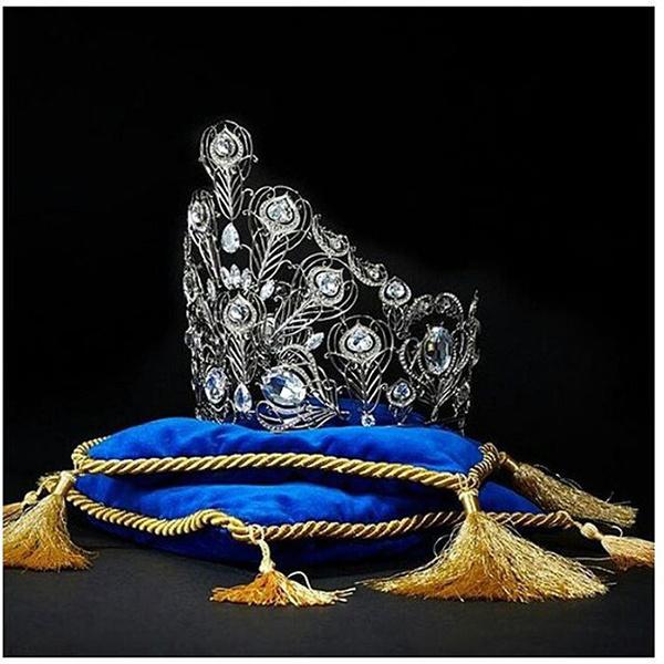Мисс офис 2015 корона