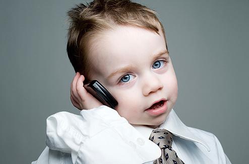 Мобильный телефон и ребенок