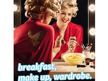 Келли Осборн (Kelly Osbourne) в рекламе молока