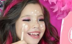Вместо кукол: пятилетняя бьюти-блогер покорила сеть