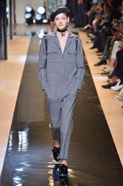 Неделя моды в Париже: показы Alexander McQueen и Paul & Joe ready-to-wear осень — зима 2015-2016   галерея [2] фото [14]