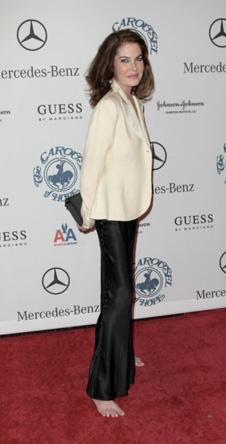 Актриса Лара Флинн Бойл (Lara Flynn Boyle) позировала босиком