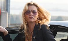 Кейт Мосс сняли с рейса за дебош