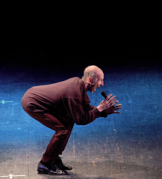 Группа «Звуки Му» шокировала. Потом лидер Петр Мамонов уехал в глушь — жил без света. Но сейчас чуть-чуть вернулся — в кино,в театр...