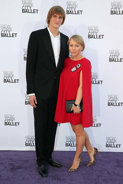 Мария Лопатова в A LA RUSSE Anastasia Romantsova с супругом Андреем Кириленко