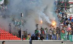 Погром на стадионе (фото!): виноваты девушки?